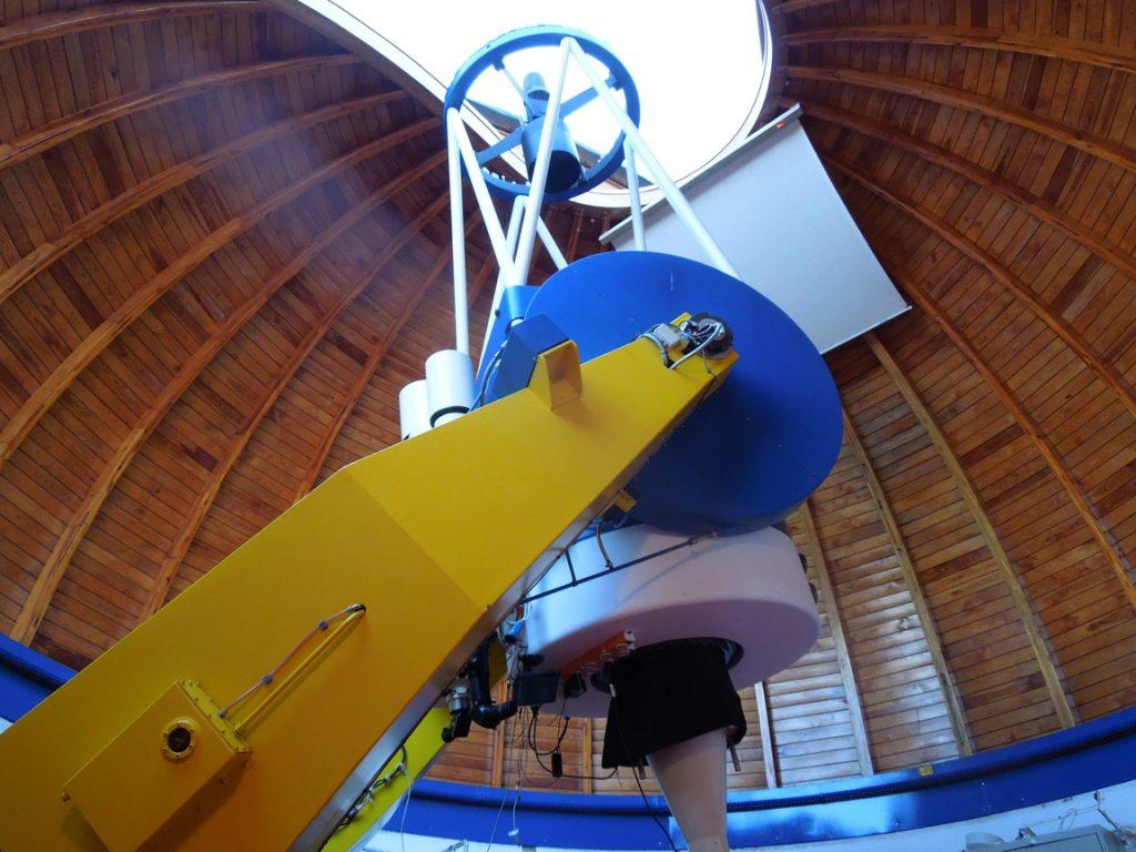 Das 1m-Cassegrain auf dem Hohen List. Die Brennweite ist von 15 m auf ca. 4 m reduziert, um größere Bildfelder zu bekommen.