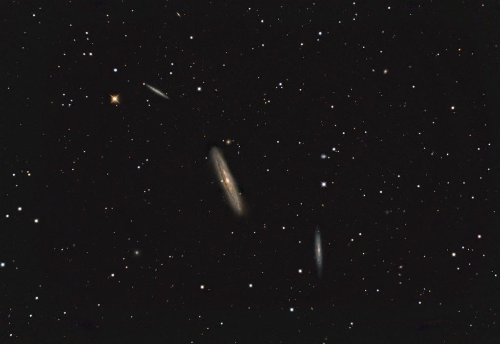 "NGC 4222, NGC 4216, NGC 4206 Edge-On Galaxien in Virgo. 16""RC, Nikon D800a, 8x 600 sec, ISO400, 18.04.2018"