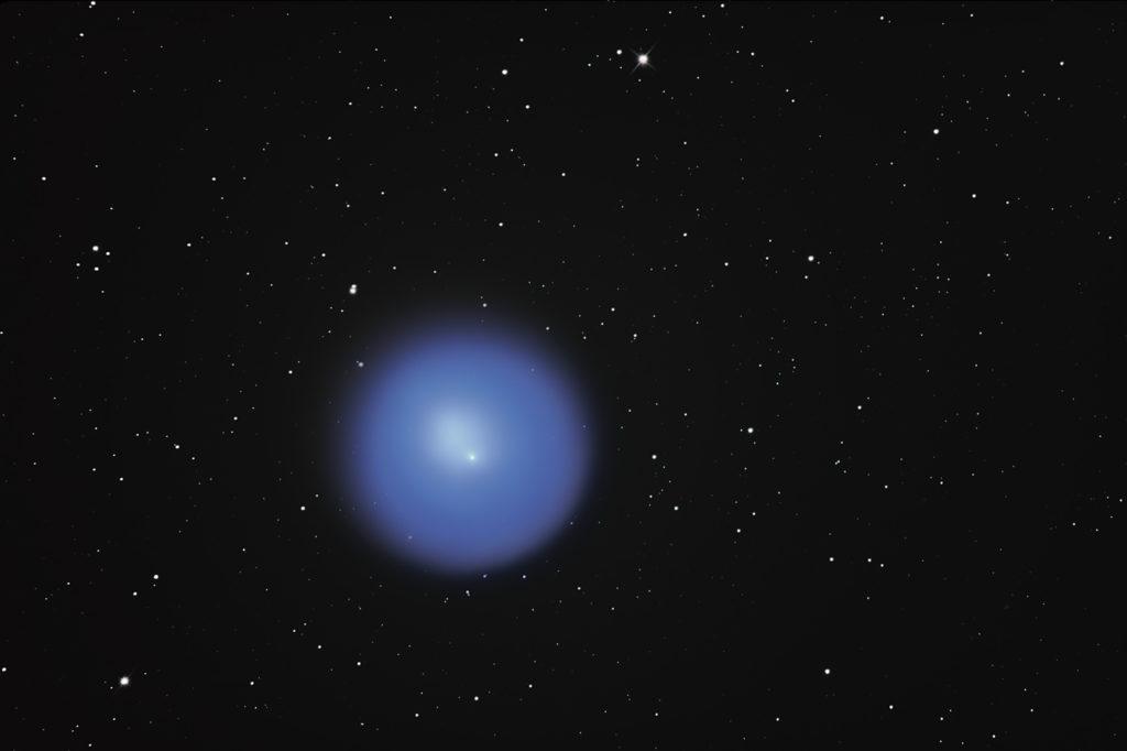 Komet 17P / Holmes im Oktober 2007. Er war für etliche Wochen, von Oktober bis Dezember, gut zu beobachten. 12″ Newton, TeleVue Paracorr, Canon 350D.